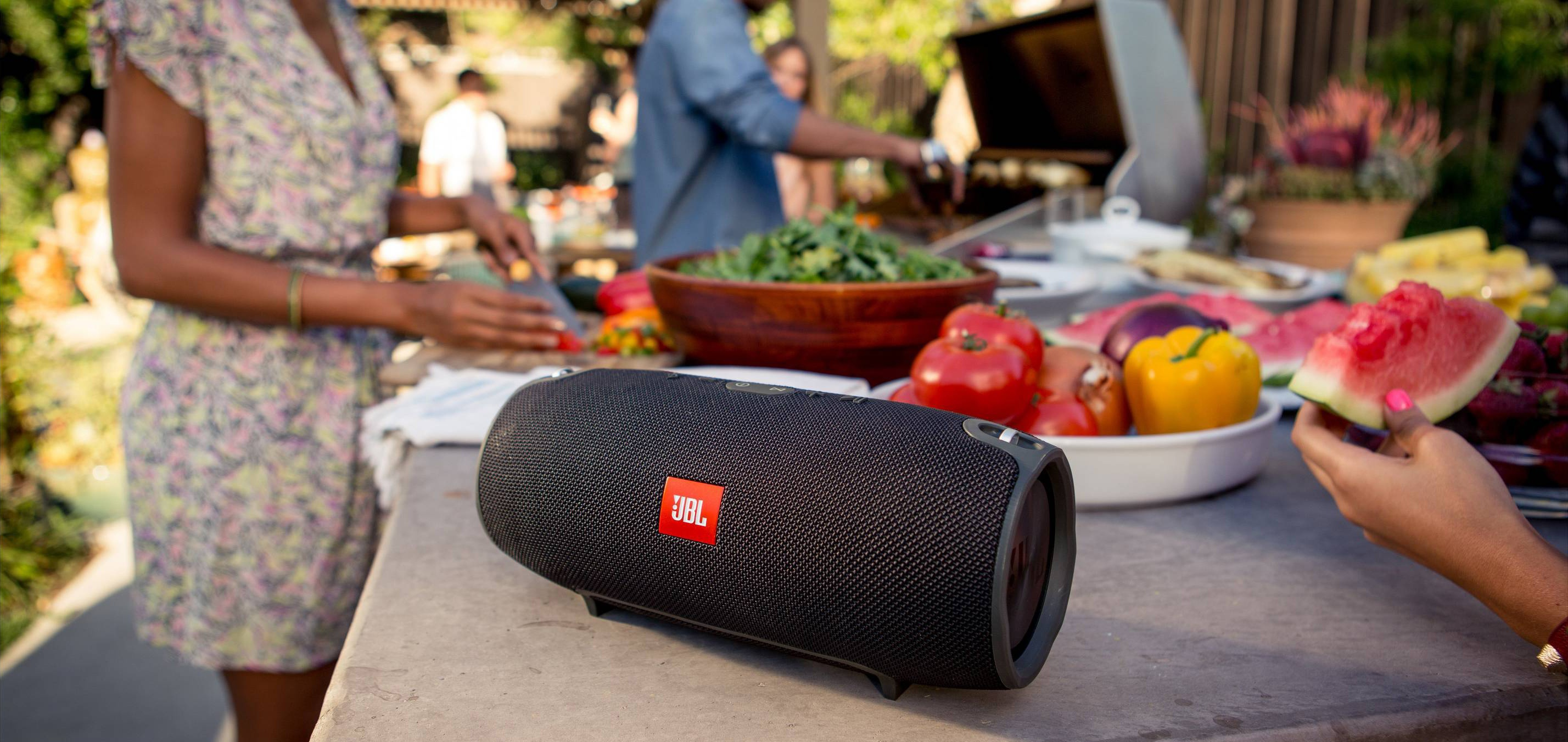 outdoor-bluetooth-speakers.jpg