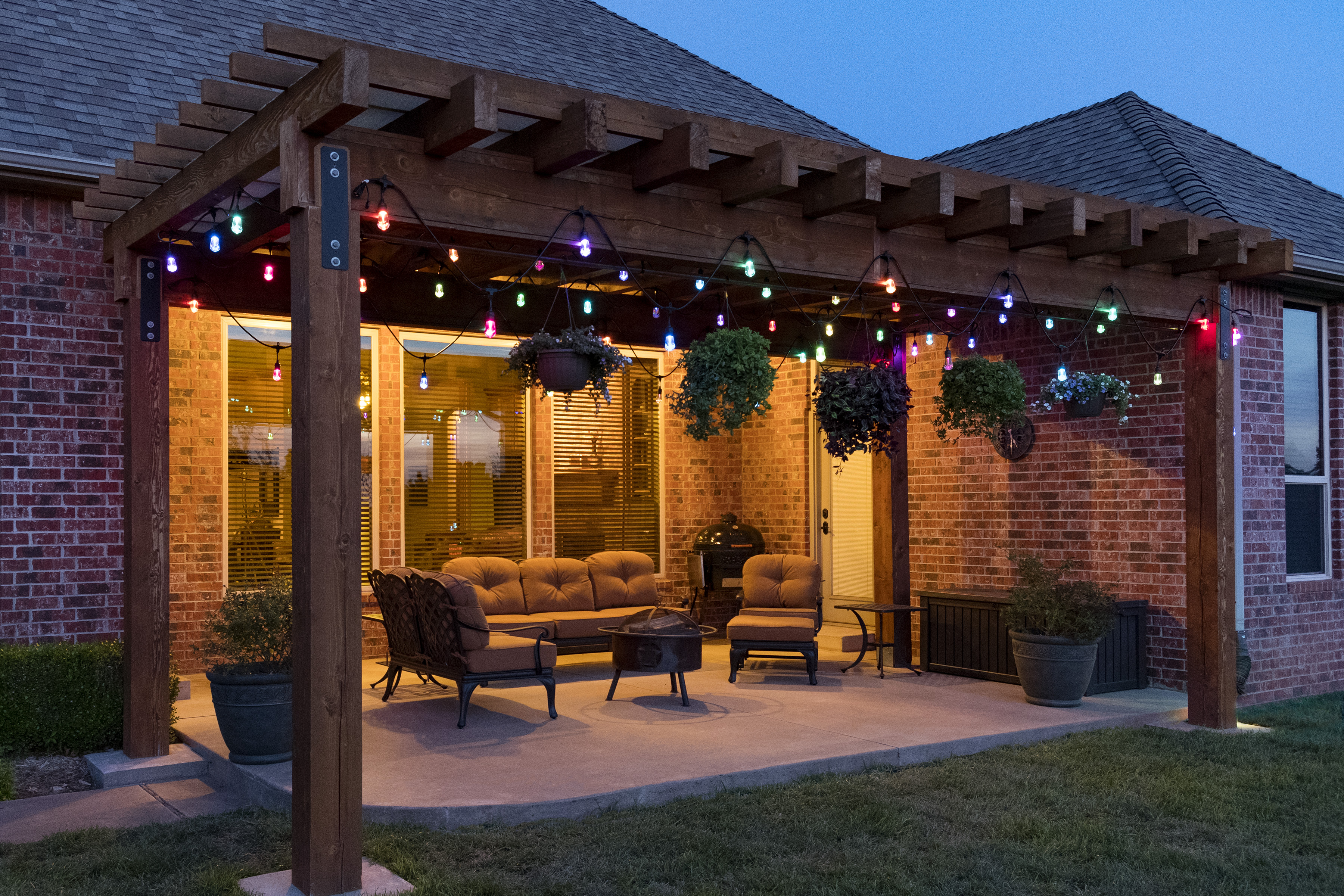 With Enbrighten Cafe Lights you can easily, and quickly, add some life to your backyard.