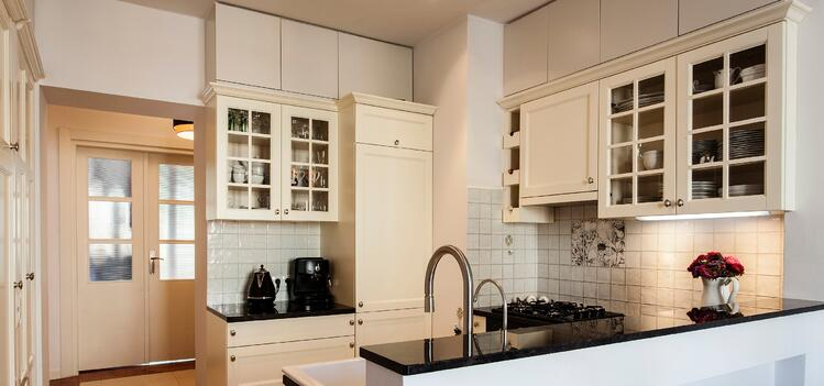 The diy guide to under cabinet kitchen lighting part one diy under cabinet lighting aloadofball Image collections