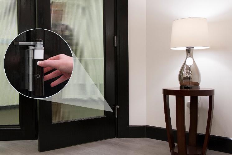 smart-door-hinge-pin