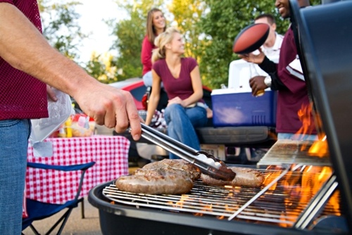 Enhance-the-tailgating-experience-with-these-electronic-accessories_2036_40082555_0_14117912_500.jpg