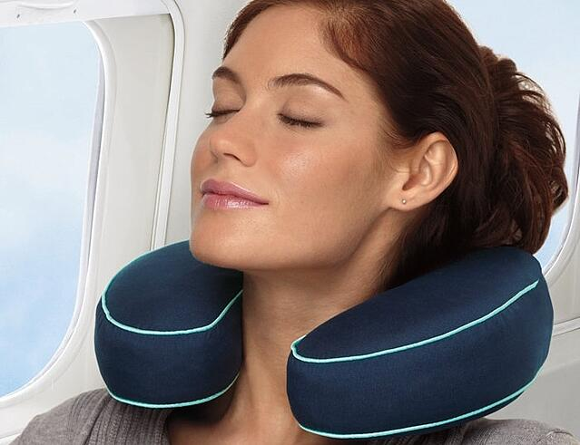 brookstone-neck-pillow-682718-edited.jpg