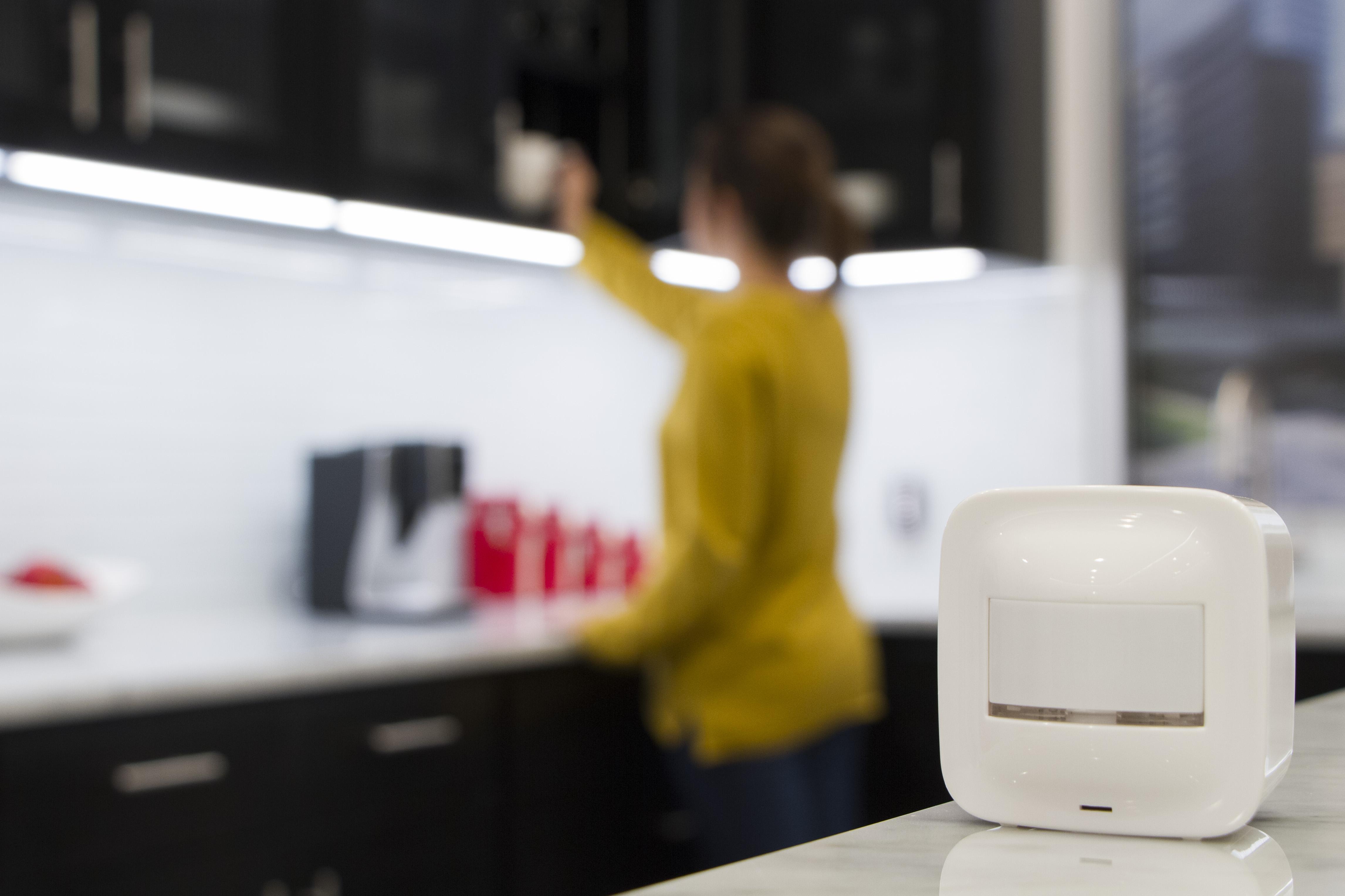 Z-Wave Plus Portable Smart Motion Sensor