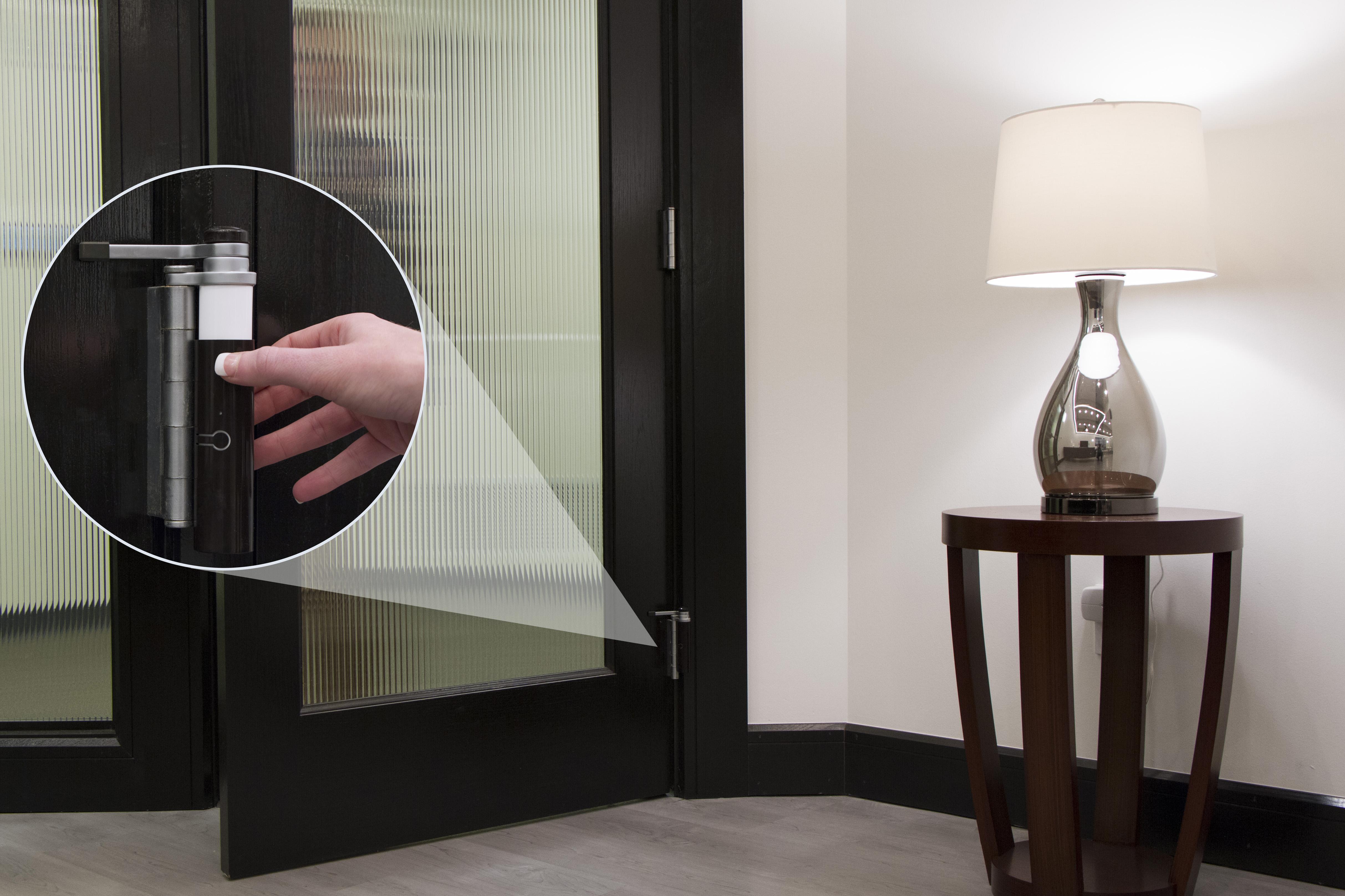 Z-Wave Plus Smart Door Sensor