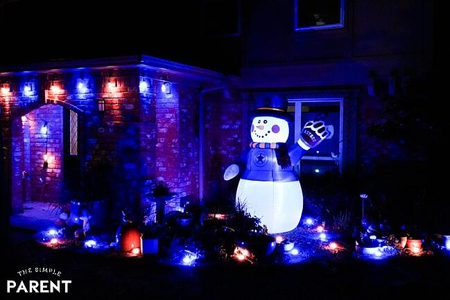 snowman-christmas-lights-enbrighten