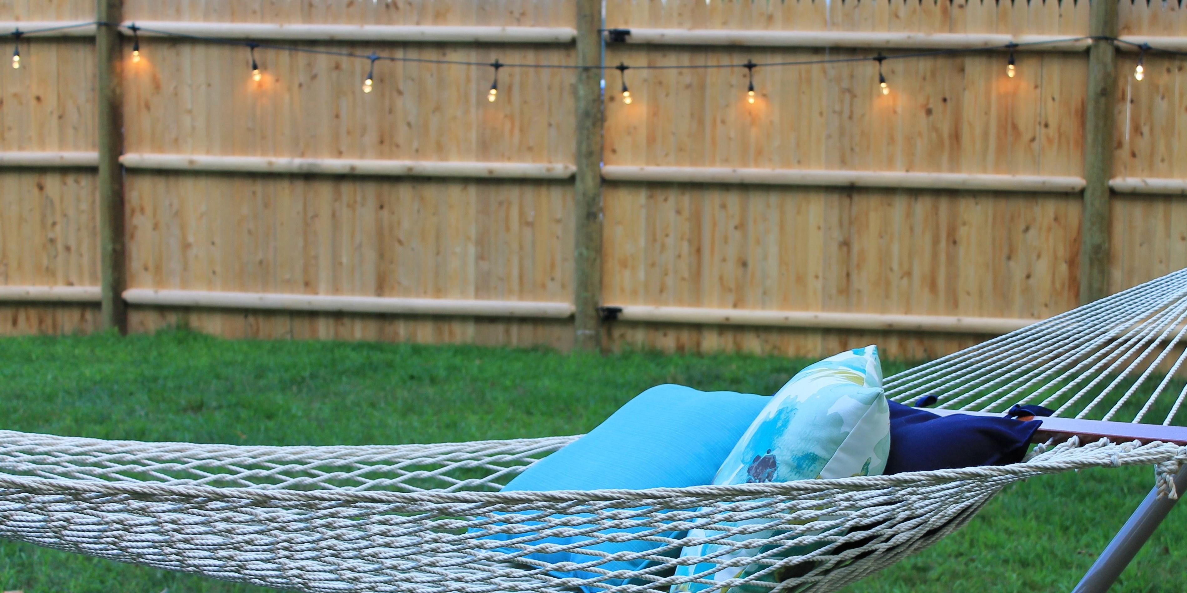 outdoor-hammock