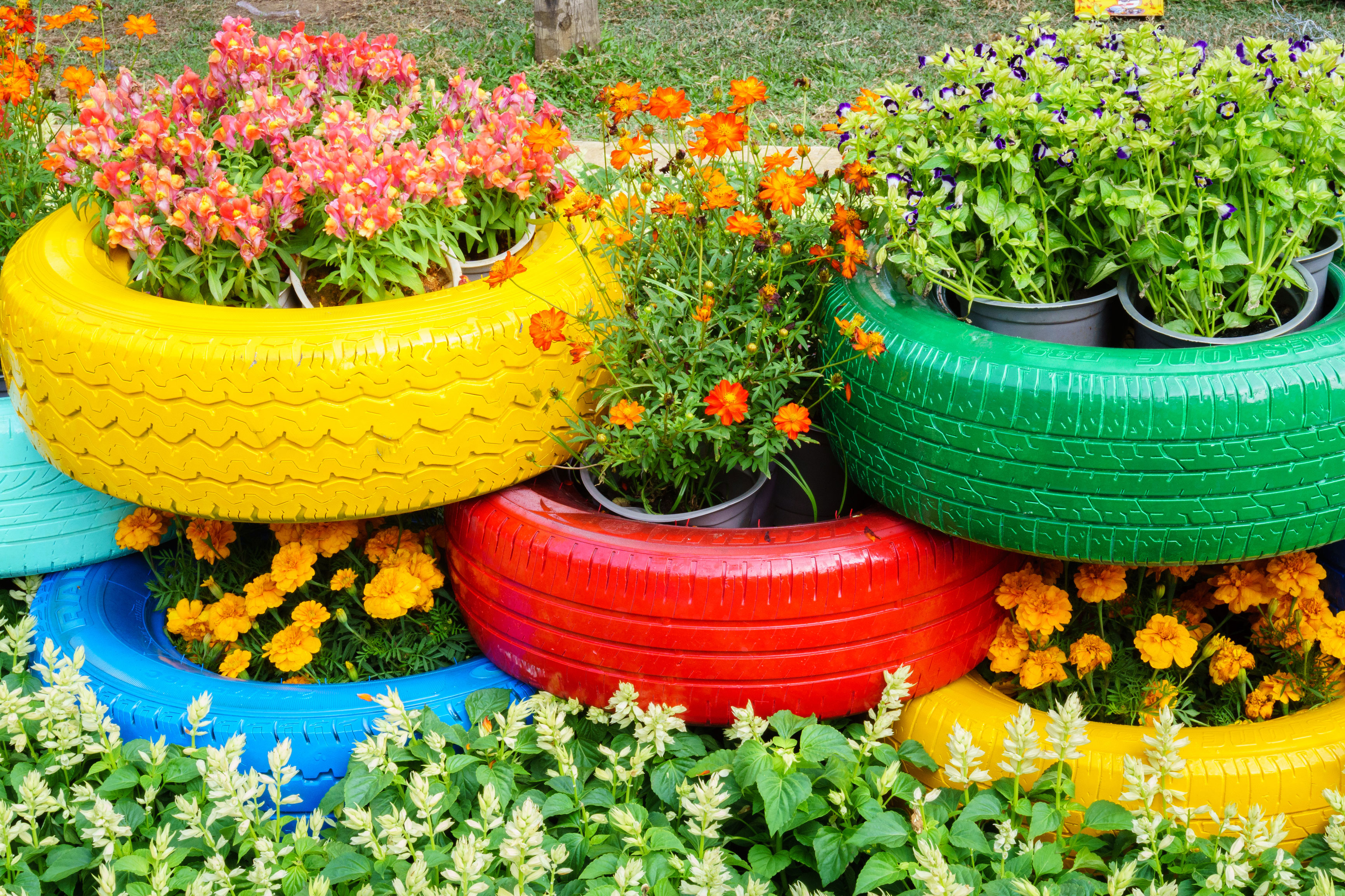 colorful-tire-container-garden